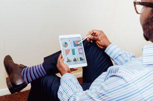 Un objectif majeur du système d'information est d'apporter une réelle capacité à prendre des décisions en connaissance des enjeux